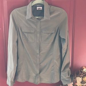 Columbia Omni shade button up shirt